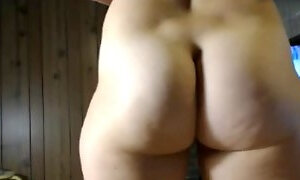 NAKED CANADIAN ASS