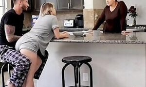 Sneaky sex with a very lustful teen daughter