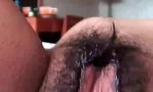 Amateur Asian beauty and her mind-melting bush