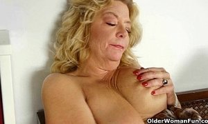 Luscious milfs get overwhelmed with lust xVideos