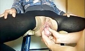 Dude encounters the weirdest pussy ever