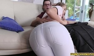 Step bro pounding Avery Adair doggystyle in the couch xVideos