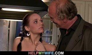 Hot wife sucks and fucks stranger xVideos
