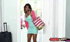 Bianka and Sarai amazing threesome sex on the couch xVideos