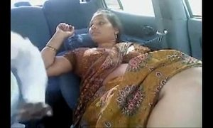 Tamil Married Aunty Other Men In Car xVideos