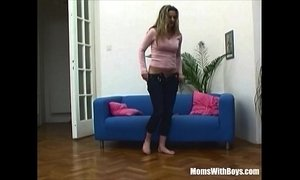 Blonde Mama Fucking With Dildo Caught By Stepson xVideos