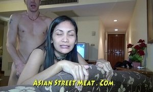 Well Muscled Asian Clitoris Grips Cock xVideos