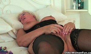 British grannies Alisha Rydes and Sandie going solo xVideos
