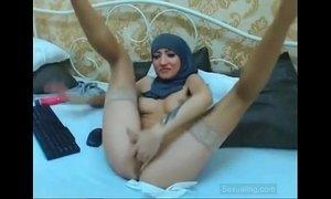 Arabic girl masturbating xVideos