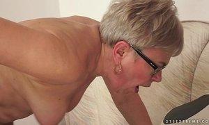 Granny Ursula Grande fucks a much younger cock xVideos