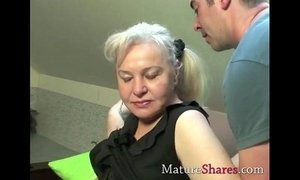Exclusive granny porn scene xVideos