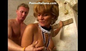 Old lady enjoys getting fucked from behind vecchia signora gode scopata  dietro xVideos