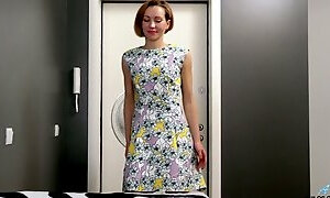Sex-starved housewife Alice Wonder is finger fucking her wet pussy