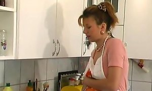 Pregnant housewife needs hard sex YouPorn