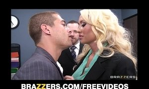 Incredibly HOT blonde Summer Brielle can't resist her co-worker xVideos