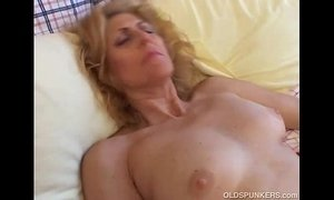 Mature amateur loves to cum xVideos