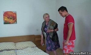 Moaning granny rides young meat xVideos