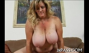 Big beautiful woman orall-service xVideos