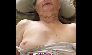 Grandma gives a quickie xVideos