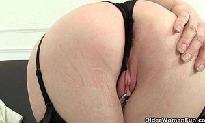 British grannies Pearl and Amanda going solo in stockings xVideos